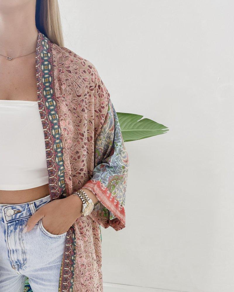 Long Unique Kimono Number 256