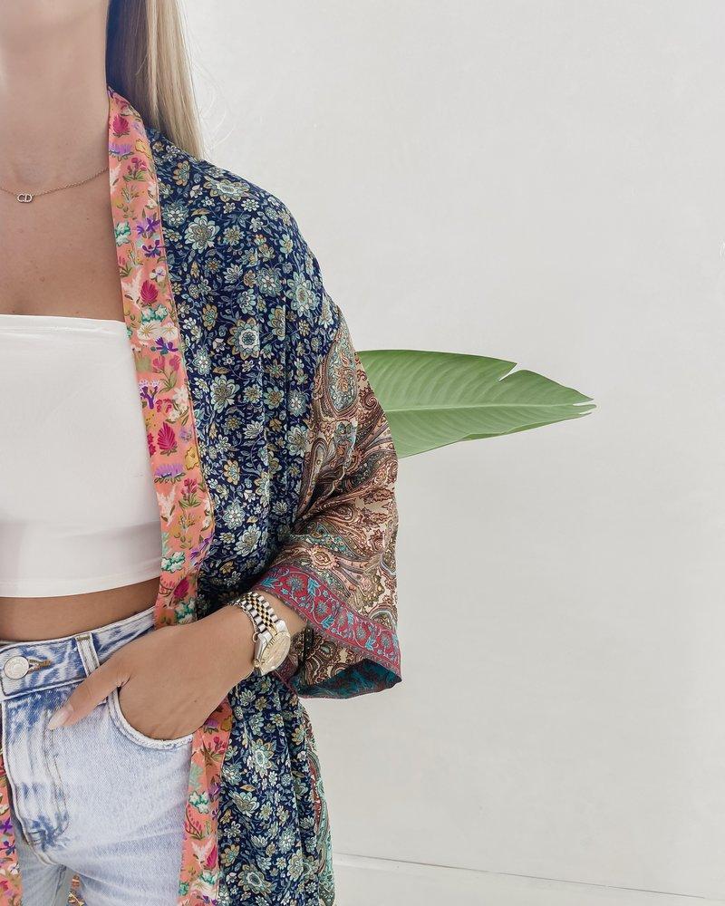 Long Unique Kimono Number 264