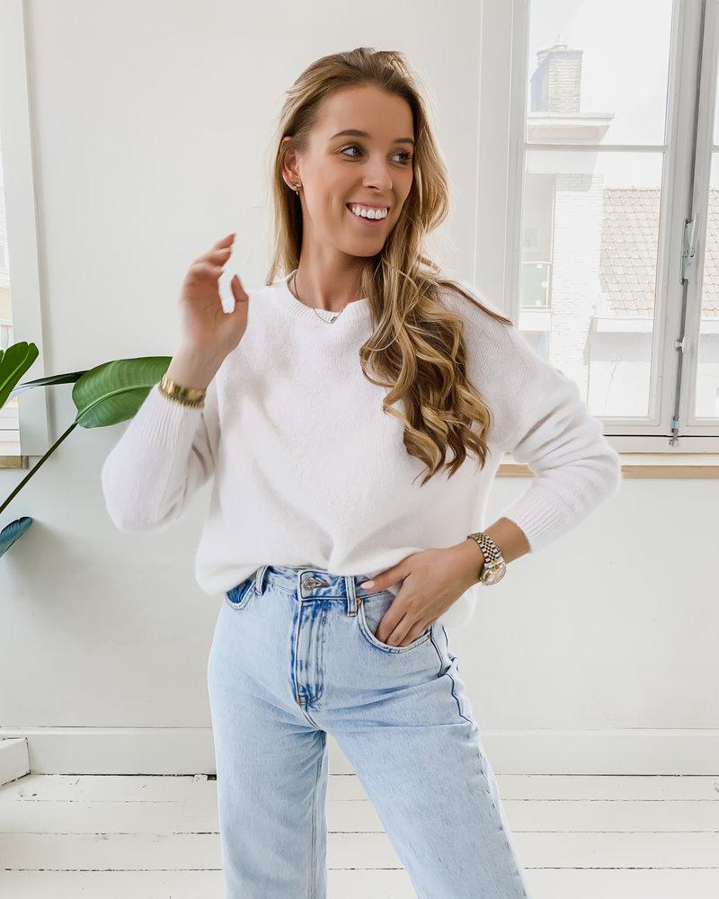 White Sweater (Rond kraagje)