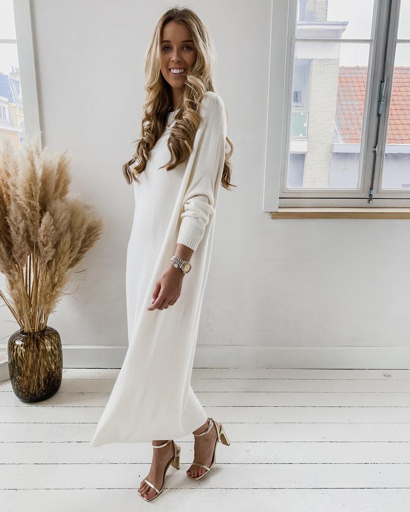 Crème Long  Sweater Dress