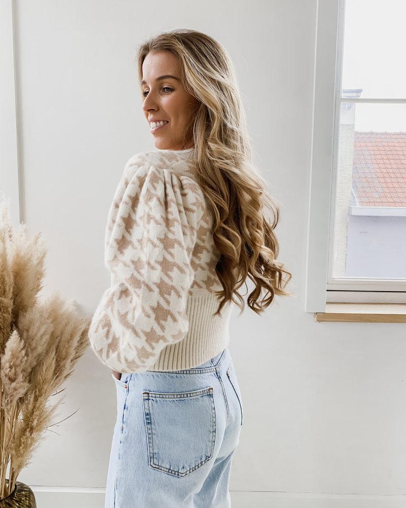 Soft Nude Pied De Poule Sweater