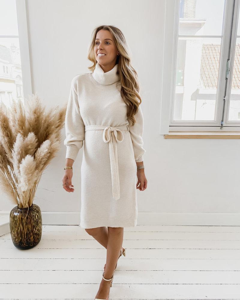 Beige Cosy Turtlenek Dress