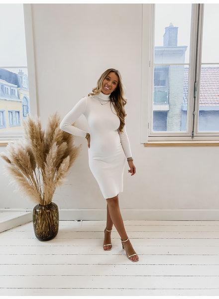 Basic White Stretch Dress