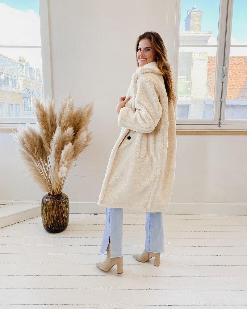 Crème Teddy Coat