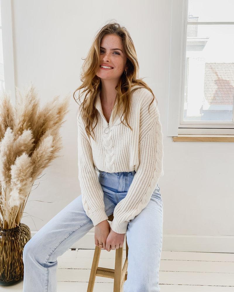 Crème Cabel Zipper Sweater