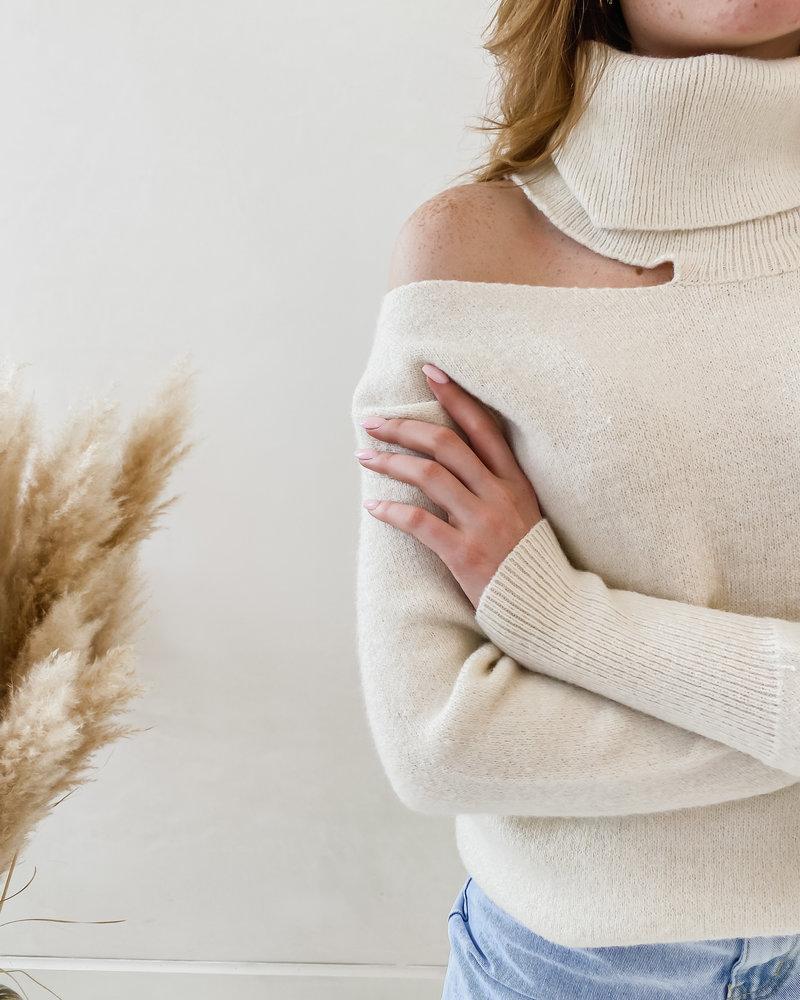 Crème Open Shoulder Sweater