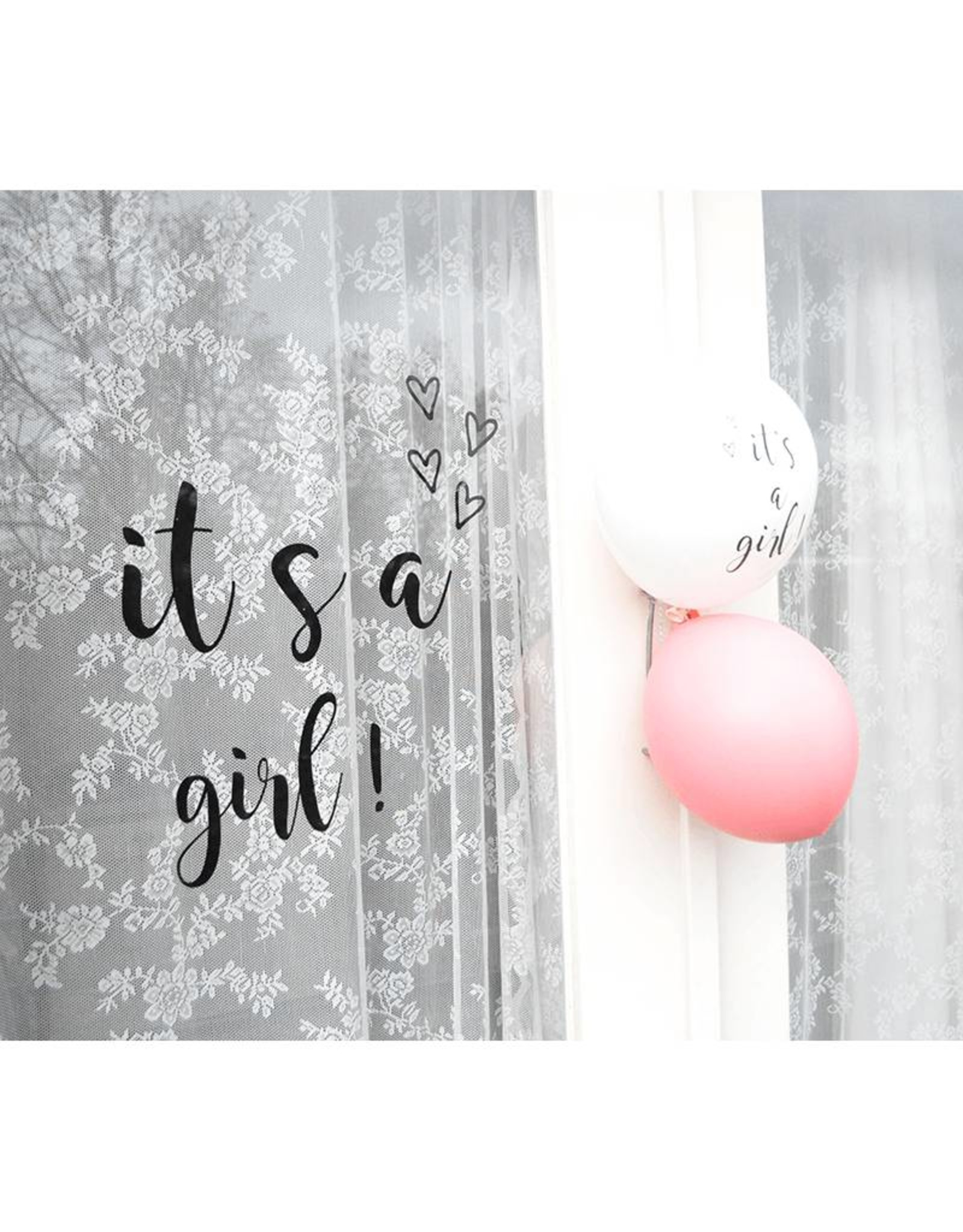 SuzyB Raamsticker 'It's a girl'