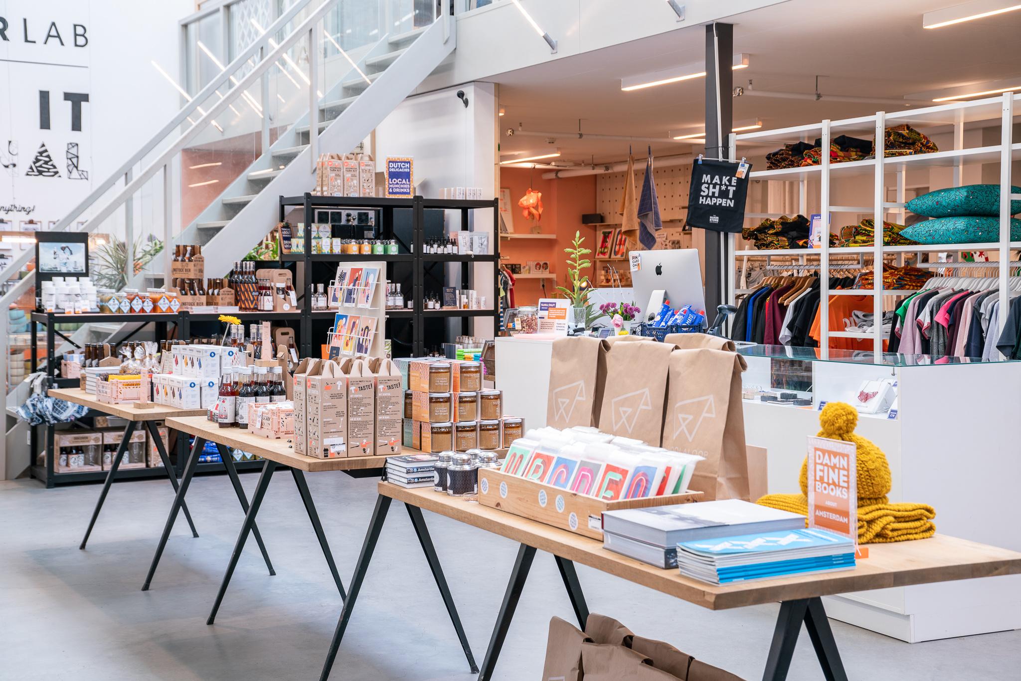 The Maker Store - Bovenaanzicht winkel