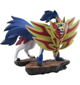 The Pokémon Company Pokemon Zamazenta Collectible Figure