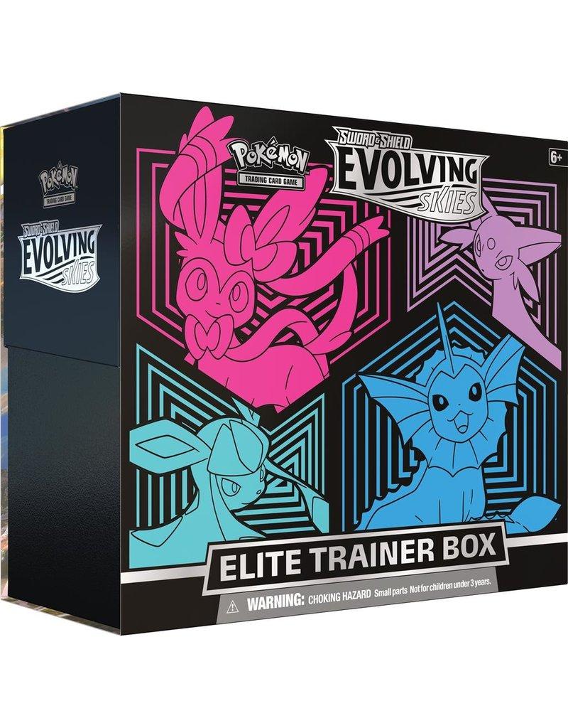 The Pokémon Company Pokemon Sword & Shield Evolving Skies Elite Trainer Box V2