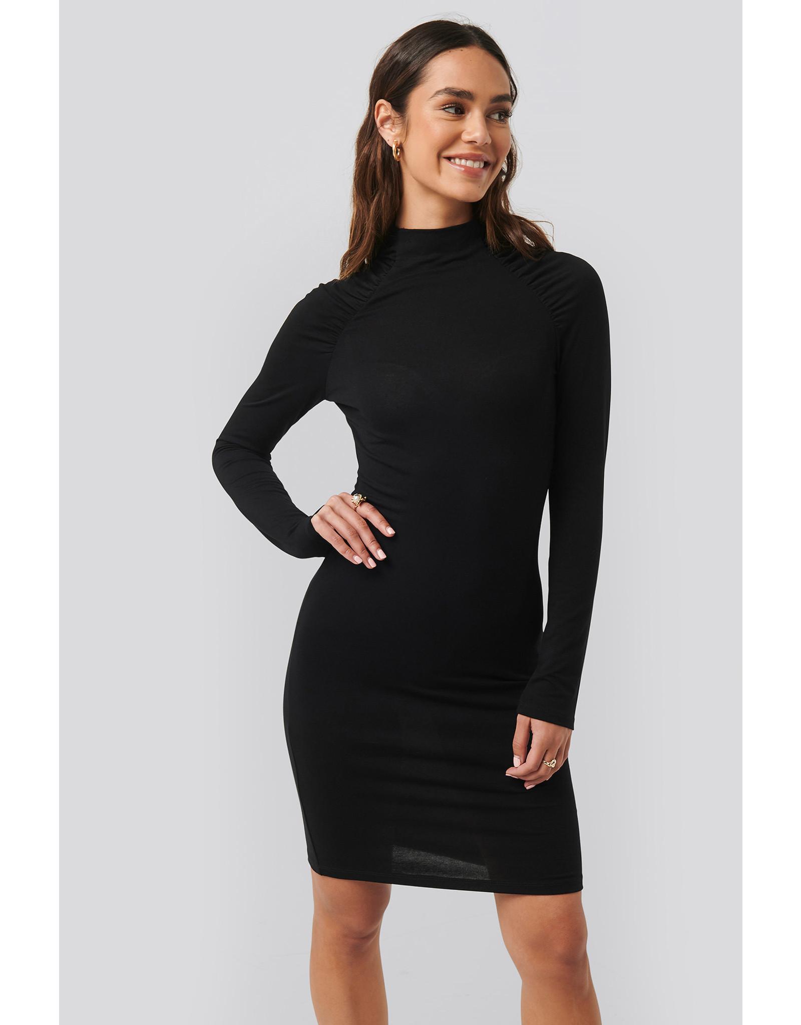 NA-KD NA-KD  Ruched sleeve dress