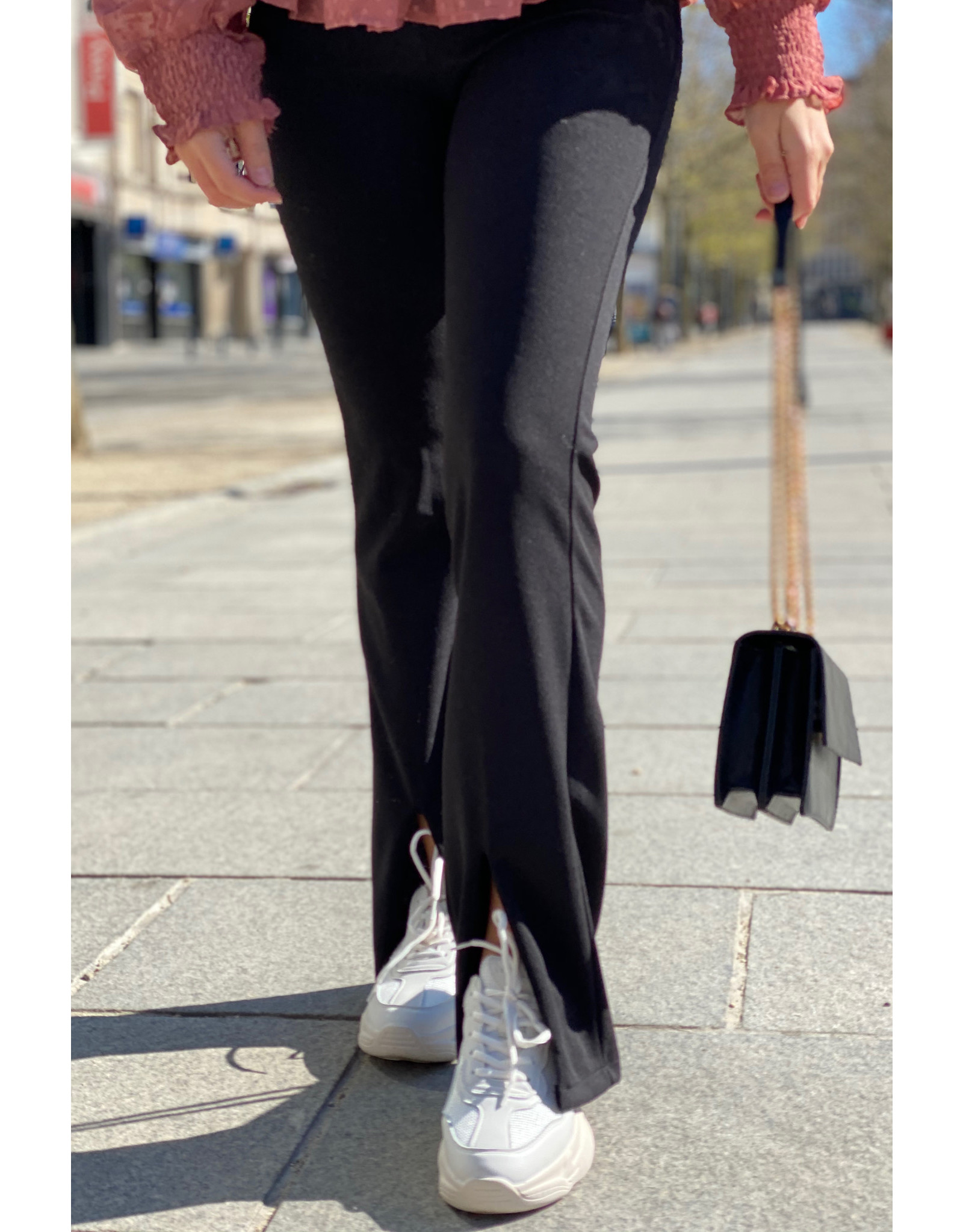 Flair pants with front split