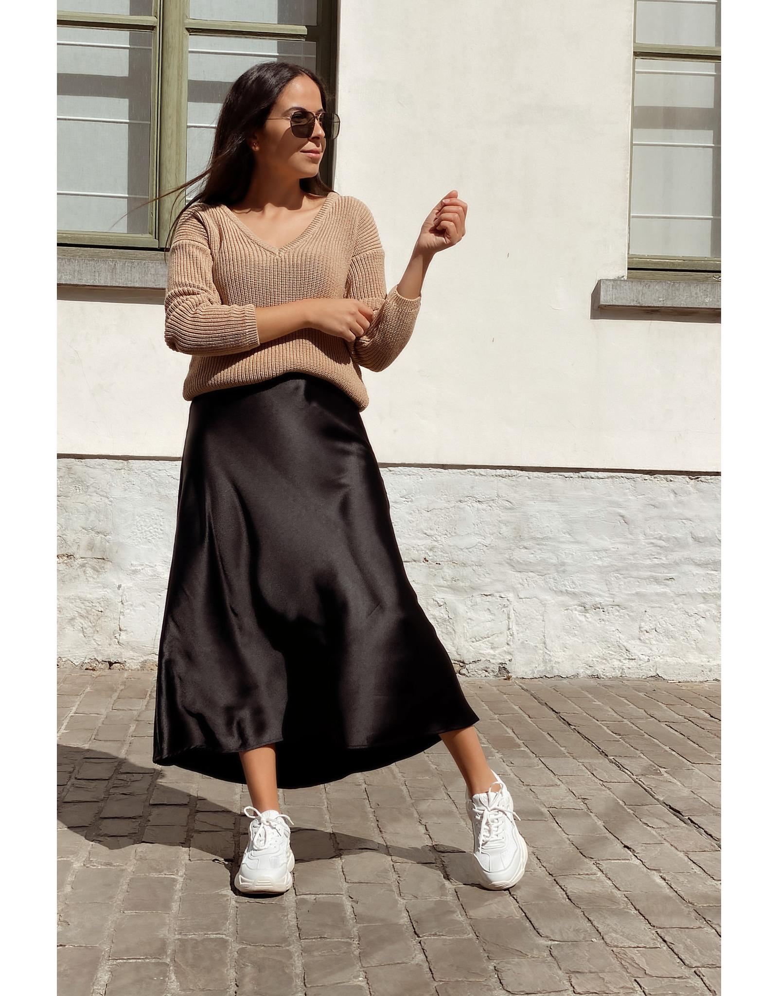 Kilky Satin skirt black