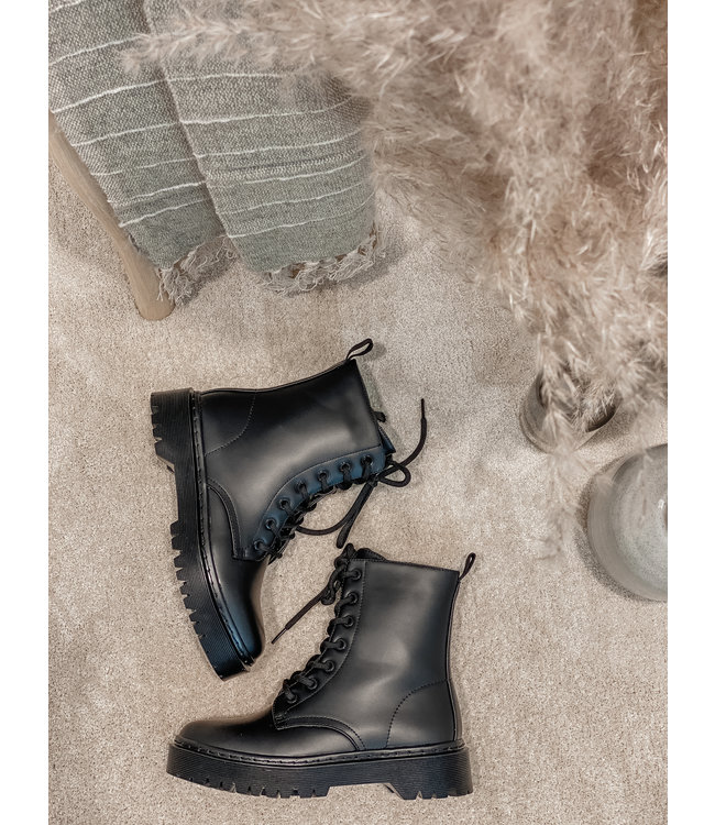 Matted boots