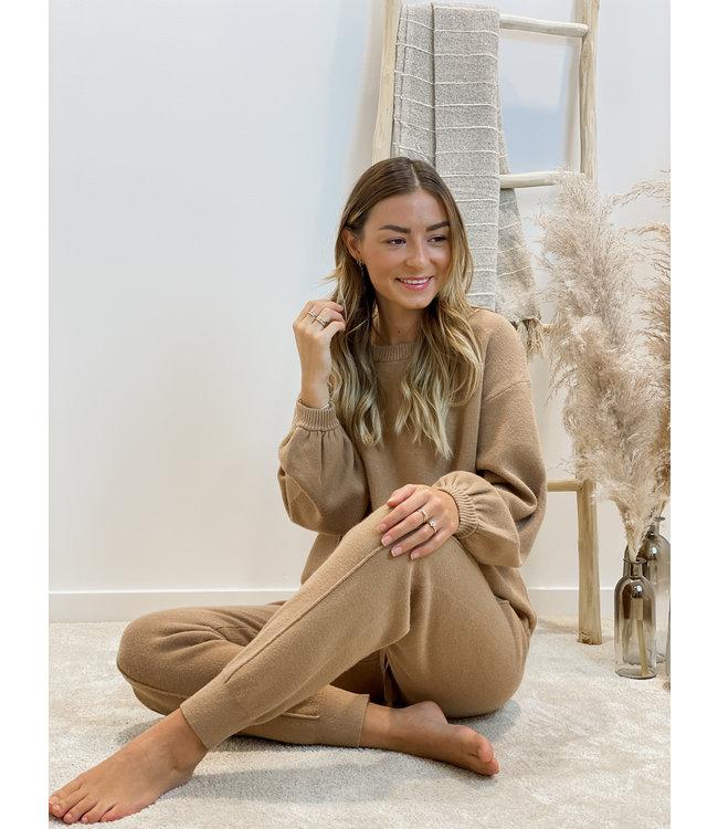 Comfy home wear camel