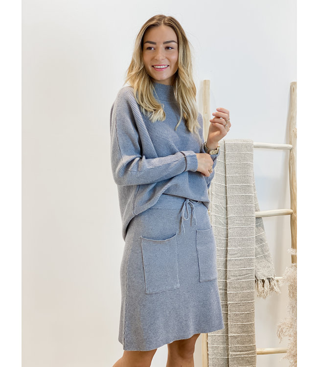 Ensemble short skirt & sweater - grey