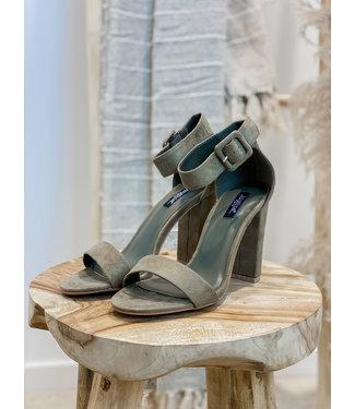 Olive suéde heels