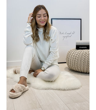 Comfy home wear - ecru
