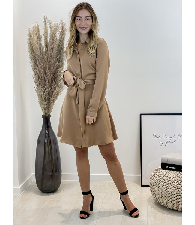 Taille dress - camel