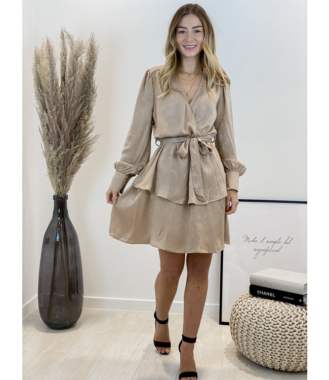 Taupe detail taille dress