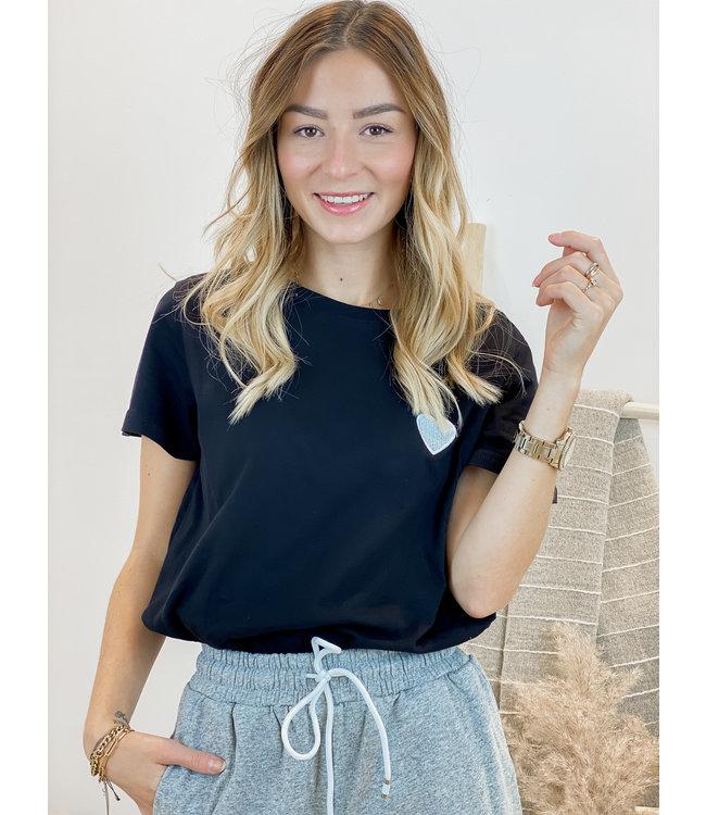 Silver heart t-shirt black