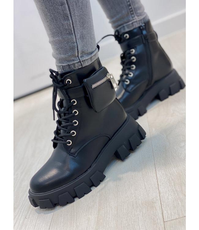 Pouch combat boots - black