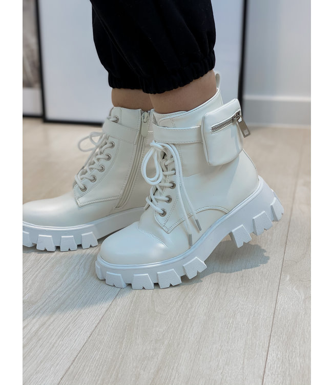 Pouch combat boots - white