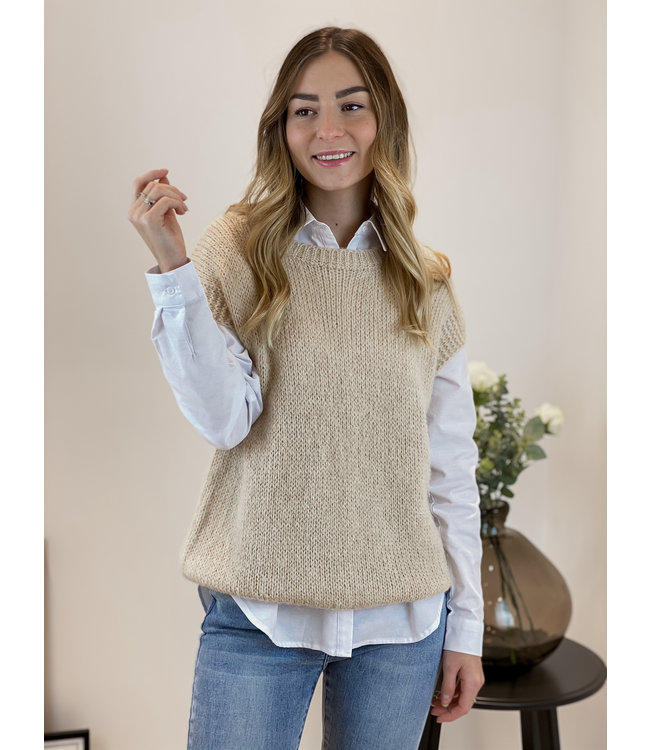 Knitted spencer - nude