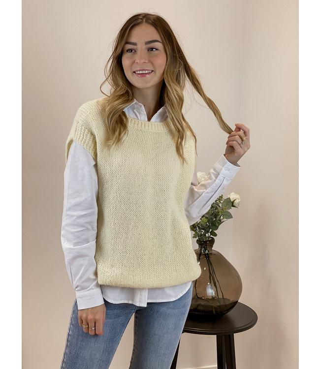 Knitted spencer - honey