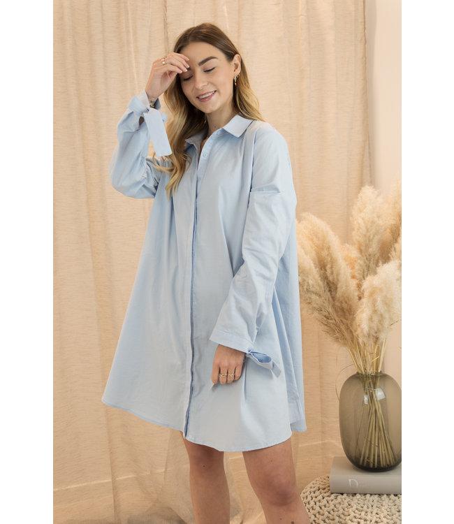 Daphne dress - sky blue