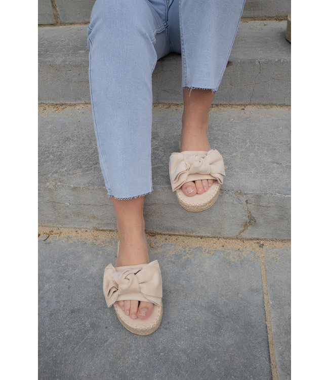 Bow slippers - nude