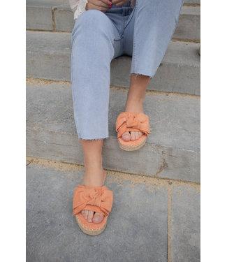 Bow slippers - peach