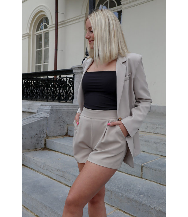 Isa suit short - taupe