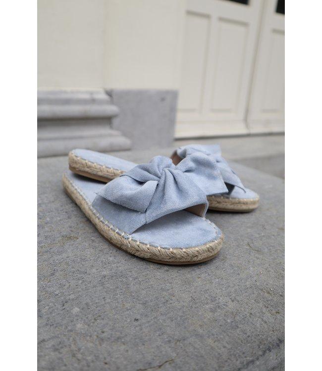 Bouclé slippers - blue