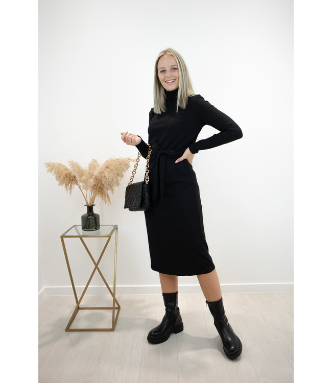 Collar dress - black
