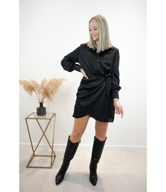 Silky wrap dress - black