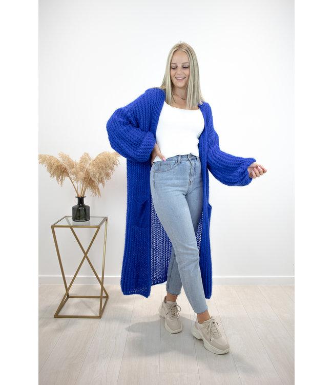 Long knitted gilet - kobalt