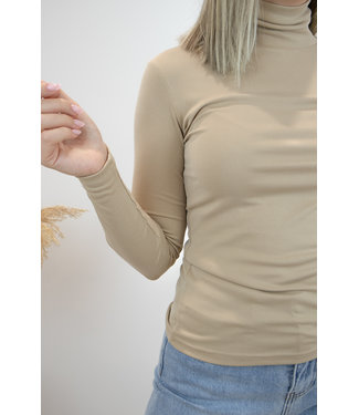 Turtle col shirt - beige