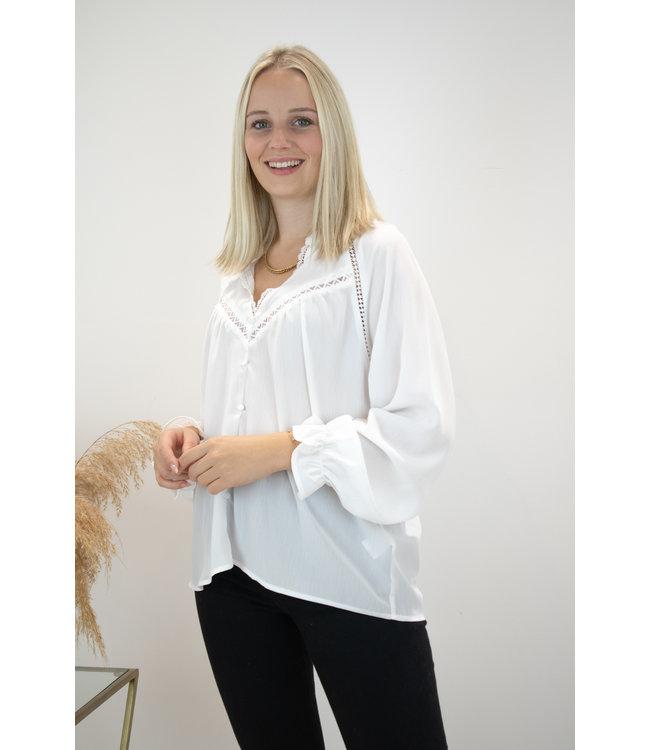 Elle lace blouse - white