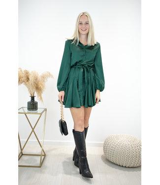 Satin dreamy dress - classy green