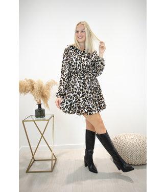 Dreamy leopard dress - camel