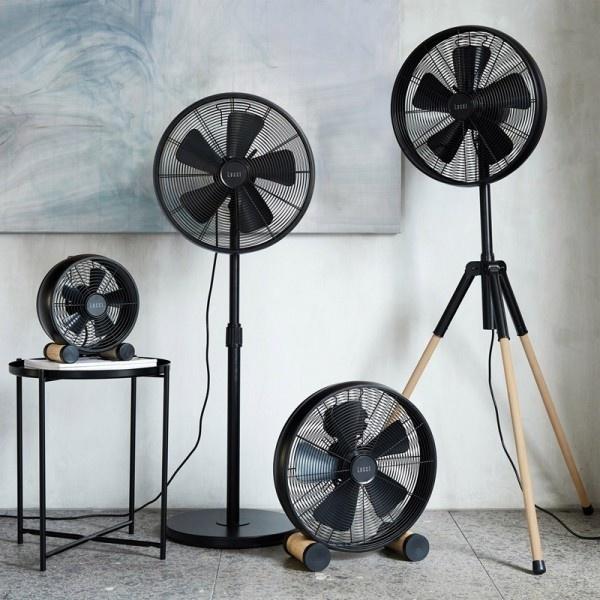 De Breeze ventilator zorgt natuurlijk voor verkoeling, maar het is ook een echte eyecatcher in uw interieur.