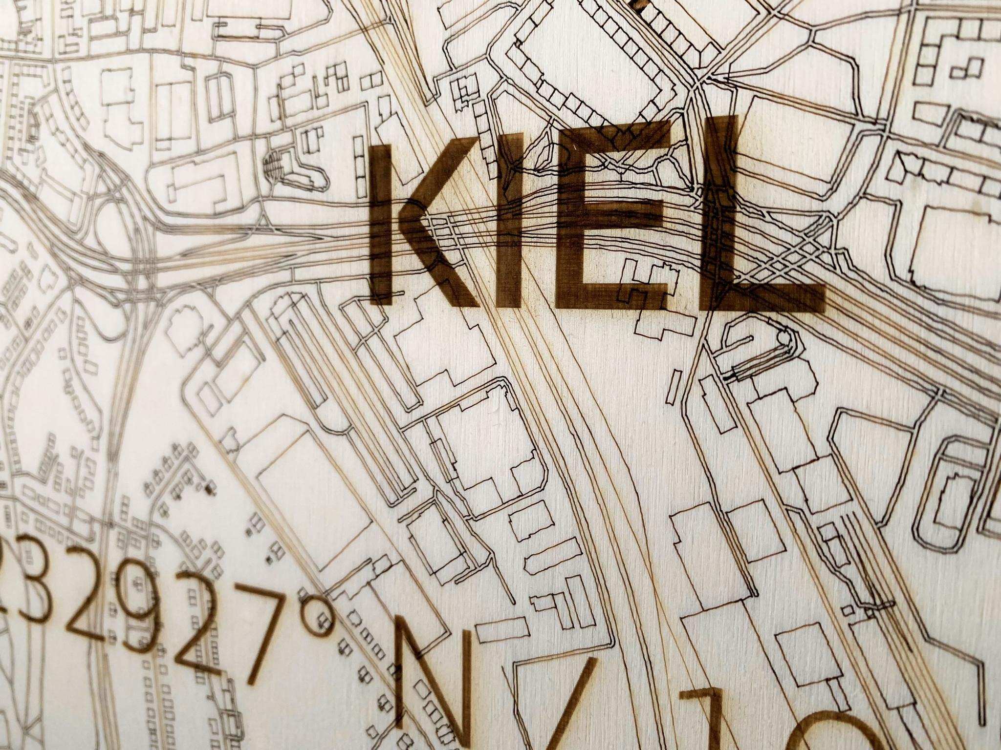 WOODEN WALL DECORATION Kiel CITYMAP-3
