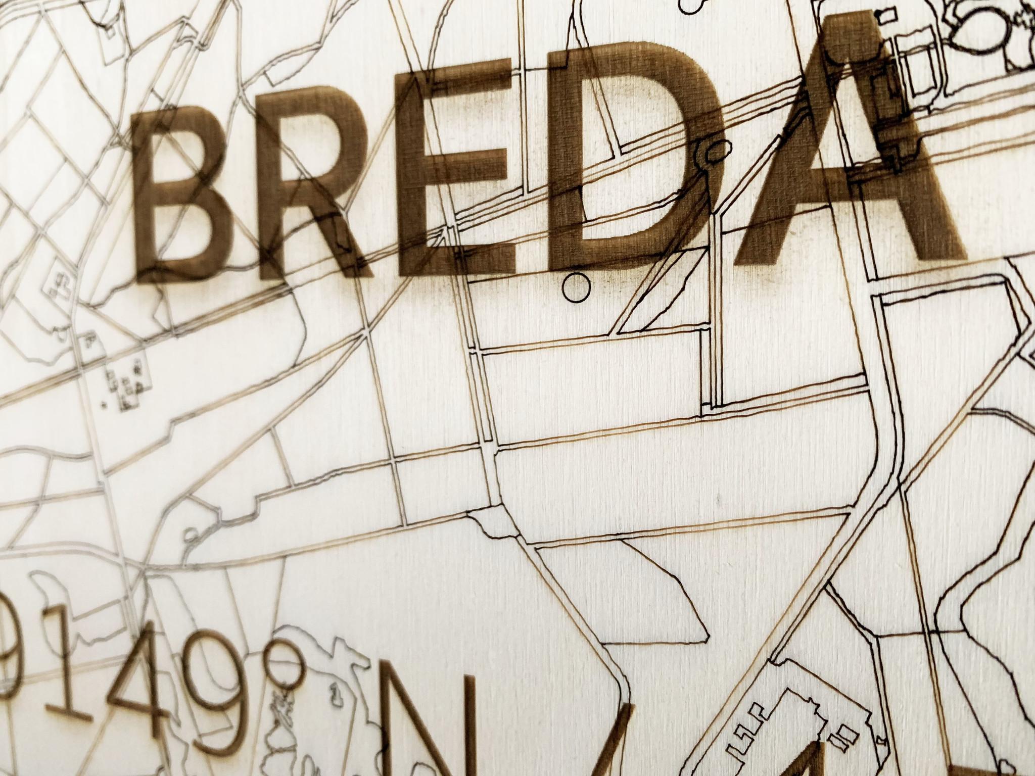 WOODEN WALL DECORATION Breda CITYMAP-3