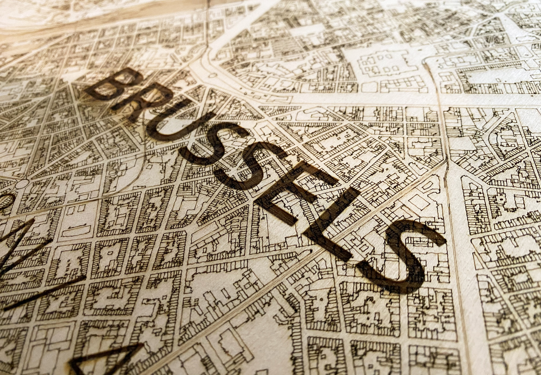 Wall decoration Citymap Brussel | Wooden wall panel-3