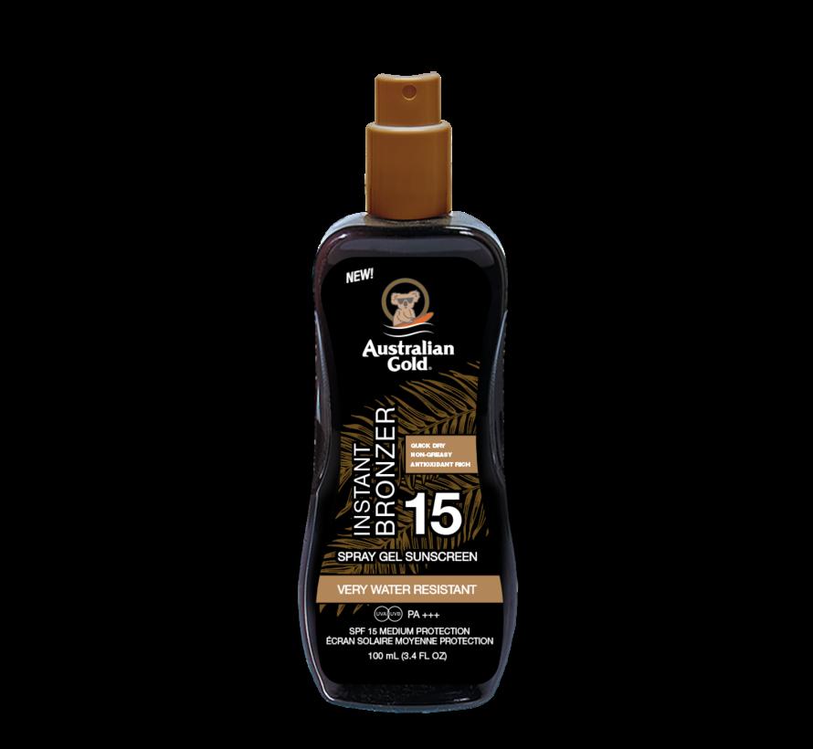 Spray Gel with Bronzer - Żel w sprayu do opalania z bronzerem w podróżnym opakowaniu SPF 15