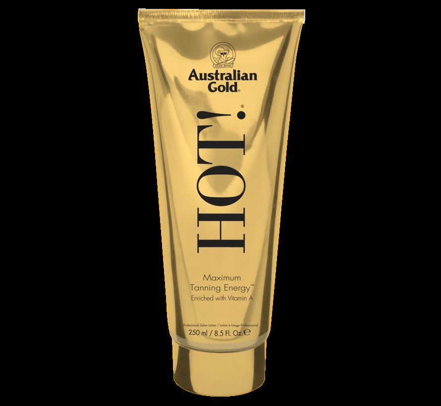 Hot! - Intensywnie nawilżający i pielęgnujący przyspieszacz opalania  bez bronzerów