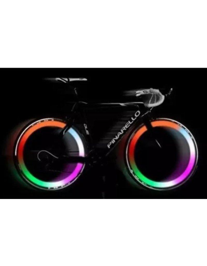 Fietsverlichting, 4 kleurig LED voor fietswielen. makkelijke montage, Set van 2
