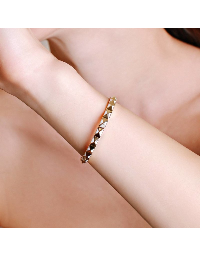 Calliope Carnival Bangle Yellow Gold in Frost