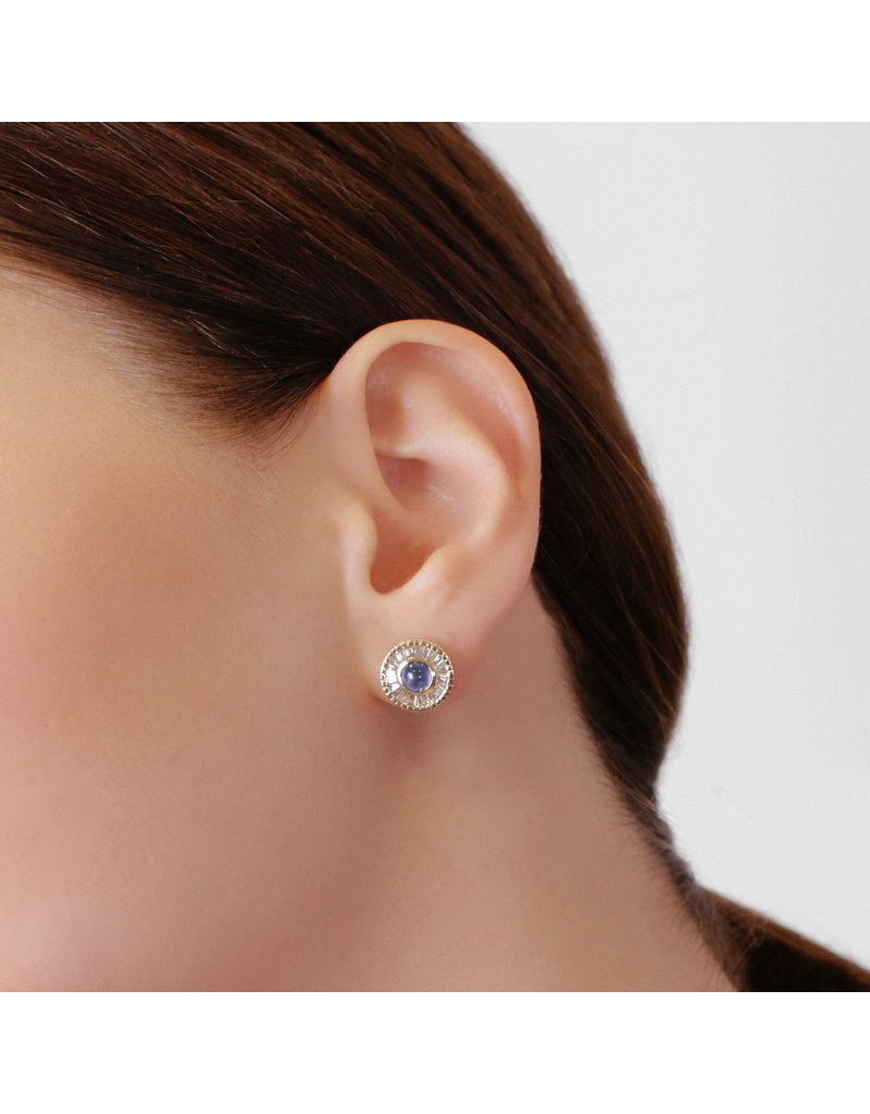 Shanhan Moon Single Motif Earrings In Peacock
